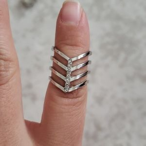 V shaped 4 tier ring